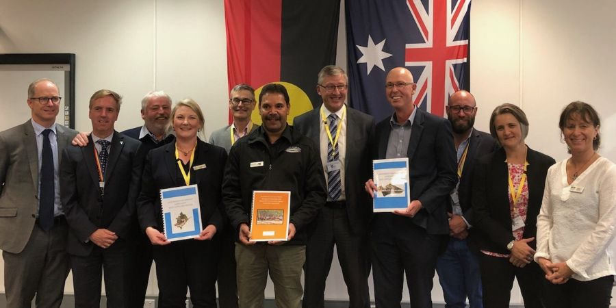 Gippsland Environmental Agencies sign a landmark agreement with GLaWAC.jpg